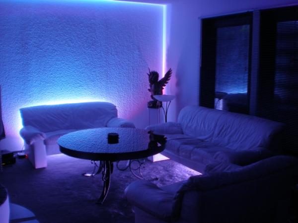 BLS-LED Lichtobjekte - Referenzobjekt Raum LED Ausleuchtung innen RGB
